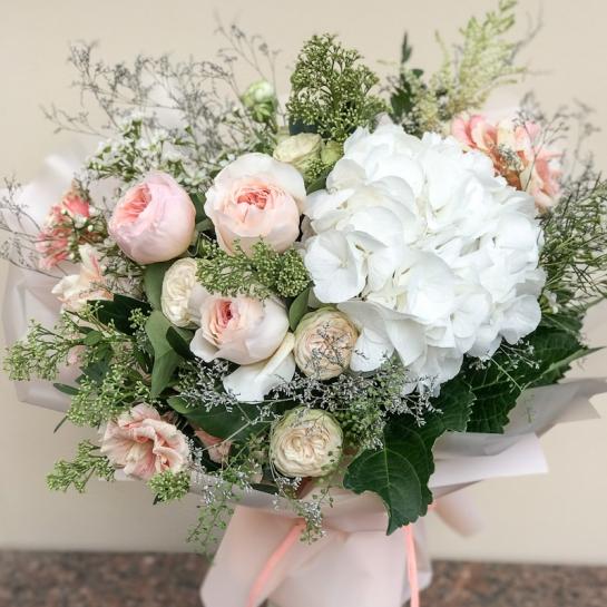 Букет с розами Дэвида Остина
