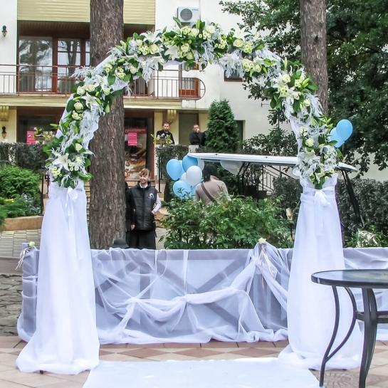 Свадебная арка Белоснежная арка