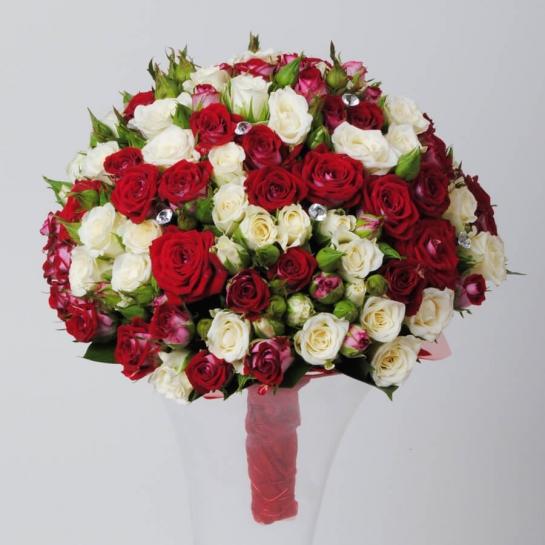 Букет невесты из розы спрей