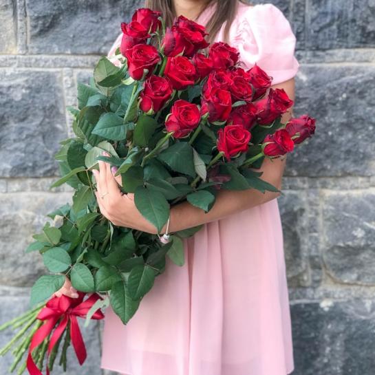 Букет из 19 роз Гран При