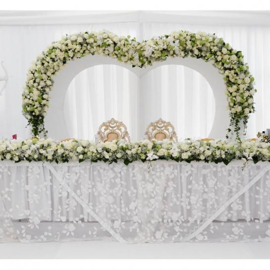 Свадебная арка Белая нежность