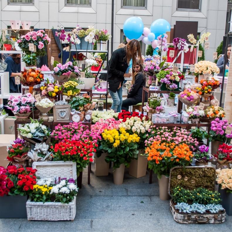 Купить цветы на дарнице, букет пионов цена